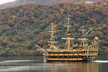 Lake Ashi Ship by frobocop