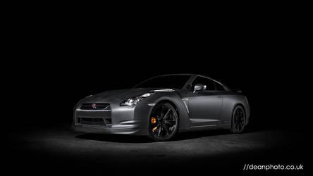 Nissan R35 GTR by dean-photo