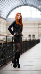 girl in black by Tavra