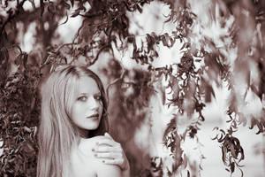 Mystery girl by bittersweetvenom