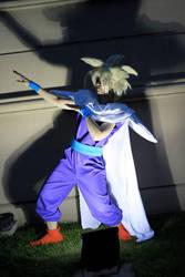 Gohan doing the thriller dance XD by kimimaro-21