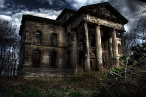 The Haunted Ruin by Ray-Voncross