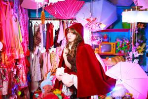 Cosplay of Red Riding Hood by MinoruneTomo