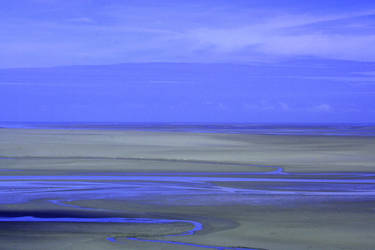 Low tide by Dolguldur