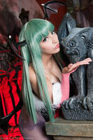 Kiss the Gargoyle - Morrigan Aensland Cosplay by HezaChan