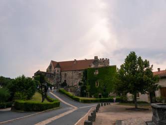 Chateau de Saint-Saturnin 02 by mekheke