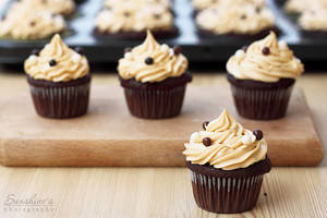 Choco Peanut butter cupcakes by kupenska