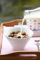 Milk and muesli by kupenska
