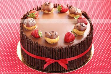 Strawberry and cream puffs cake by kupenska