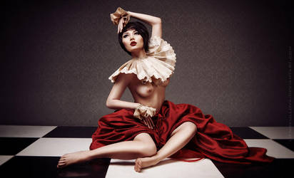 Red Queen by LienSkullova