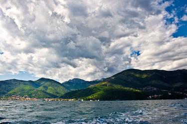 Clouds, waves by Teh-cHix0r