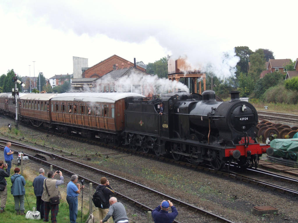 LMS 4F 43924 by DaveOnTheRails