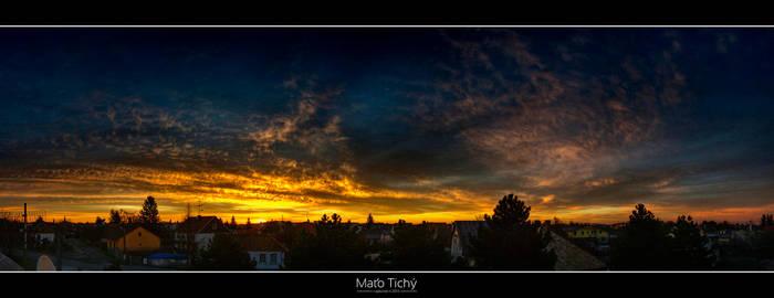 Sunrise above Ivanka I. by roehunter