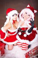 Merry Christmas from Yaya and Jessica! by yayacosplay
