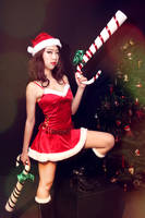 Candy Cane Christmas by mikuen-drops
