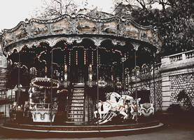 Carrousel by lynnfection