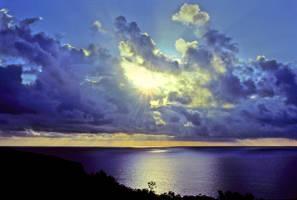 Sun breaks through clouds, Adriatic Sea by zeitspuren