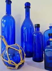 Blue bottles by tartanink