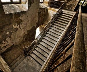 Forgotten Stairs by stengchen