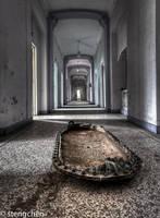 Corridor by stengchen