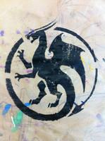 Circle Dragon Stencil by daidaishar