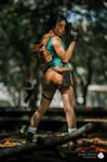 Lara Croft - Classic cosplay by NayigoCosplay