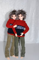 Elladan and Elrohir in classic 'Marius' sweaters by idrilkeeps