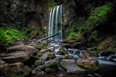 Hopetoun Falls by MarkLucey
