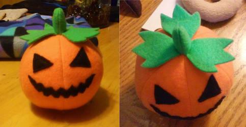 Cute Pumpkin plushie by icedragonsheart