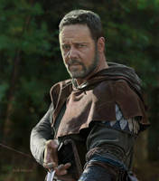 Russell Crowe as Robin Hood by bnolin