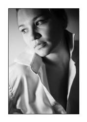Portrait with a white shirt. by yannfig