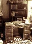 Victorian? Desk by VictorianSpectre