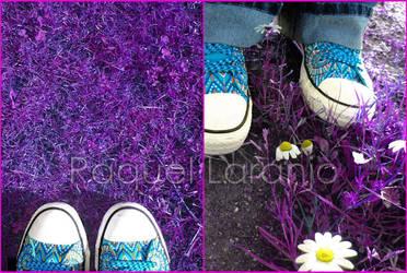 Purple Grass by moOnxinha