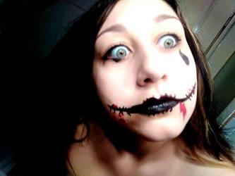 Black chelsea smile by SarlinFallen