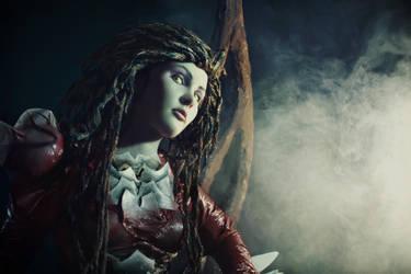 Sarah Queen of Blades by Tori-Tolkacheva
