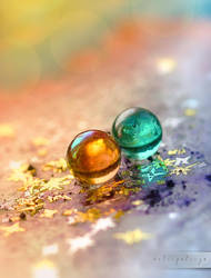 glass beads by Anti-Pati-ya