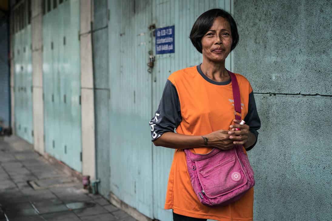 Bangkok Street Portrait #1 by niklin1