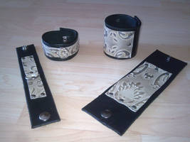 victorian cuffs by ShamanMagic