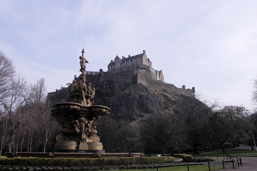 Edinburgh Castle by Beachrockz4eva