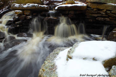 Winter Waterfall 2 by Jinxx426