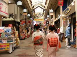 Girls in Kimono by TheKarelia