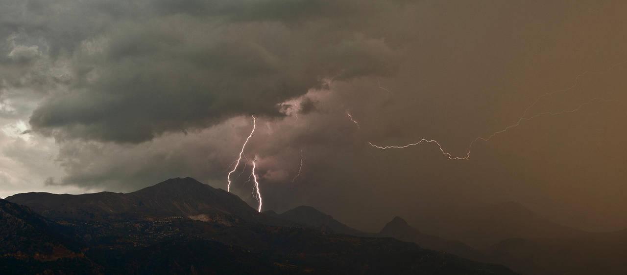 storm by OVERSEERrus