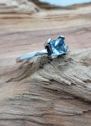 Sky Blue Topaz Ring by Umbaca