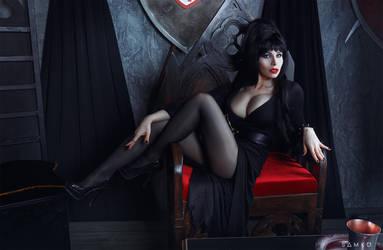 Elvira, Mistress of the Dark Cosplay by elenasamko