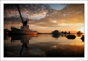 sunset in the little harbour by kovalvs
