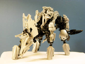 GS-02: Triceratops 2 by retinence