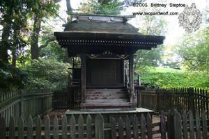 Shinto Shrine by leopardwolf