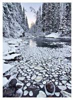 Broken River by jjuuhhaa