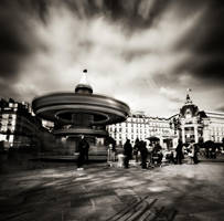 Moving around in Paris 4... by denis2