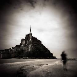 Lost around Saint-Michel...II by denis2